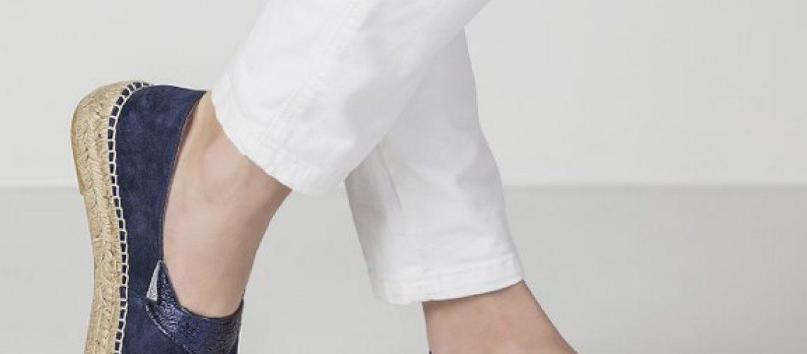 prendas-blancas-con-alpargatas-ABBY-SUEDE-NAVY
